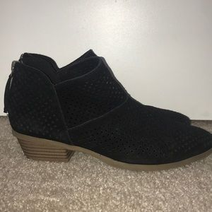 Women's Reaction Kenneth Cole Black Booties